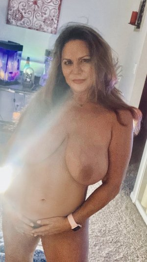 Nadeje sex dating in Bucyrus