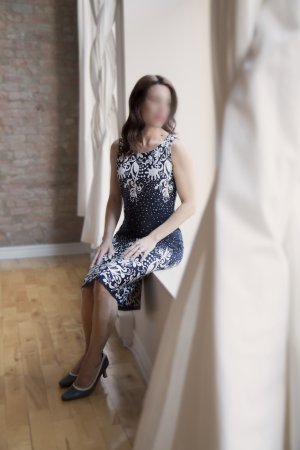 Marie-emeline sex parties in Wheeling IL